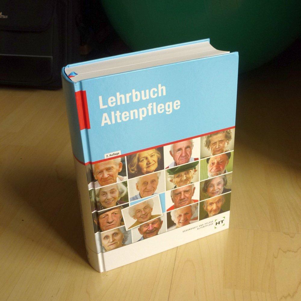 Lehrbuch_Altenpflege